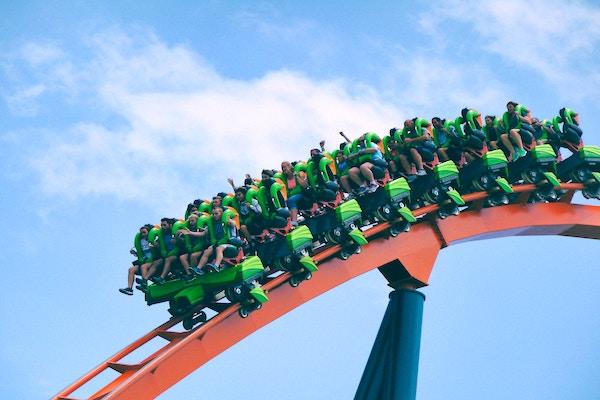 3 Big Reasons to Buy Amusement Park Stocks in 2019