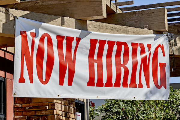 Private companies add 213,000 jobs in January, easily topping expectations: ADP/Moody's Analytics
