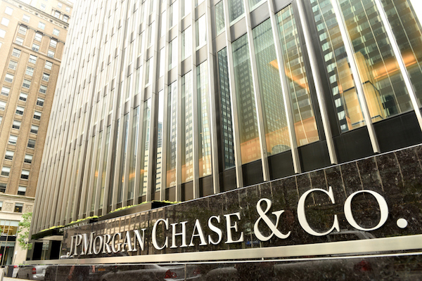 JPMorgan Chase earnings take hit, fall again in mortgage sector